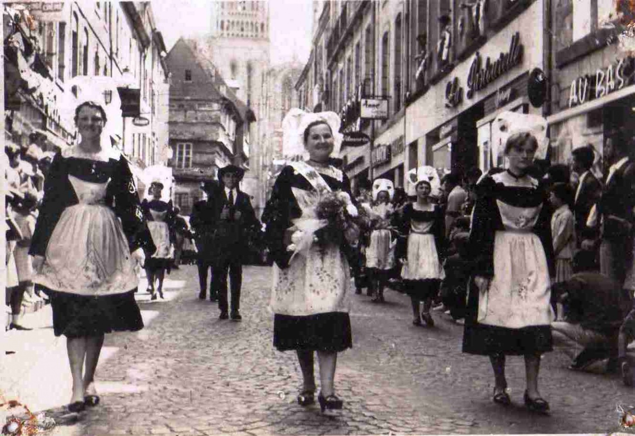 KAE_1967_Archives_007_Quimper_Fêtes de Cornouaille